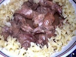 cuisiner du lievre civet de lièvre recette volailles et gibiers supertoinette