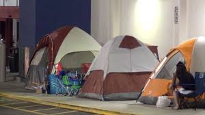 best buy s6 black friday deals tent was shaking people already camping out at best buy 4 black