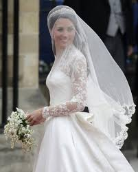 wedding dresses mechanicsburg pa local wedding experts weigh in on kate middleton s wedding gown