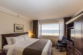 chambre suite avec avec salon hôtel rimouski