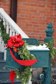 Mailbox Christmas Decor Ideas by 28 Best Christmas Lantern Images On Pinterest Christmas Lanterns