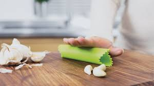 5 best garlic peelers cool and useful kitchen tools you must