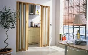 falttür küche falttür einbauen falttüren als praktische innentüren