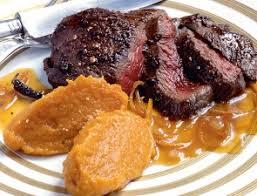 cuisiner un roti de biche rôti de biche à l orange recette télépro