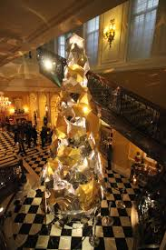 london christmas tree tour let me tell you about a hotel
