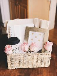 engagement gift basket engagement gift ideas made by me moh party