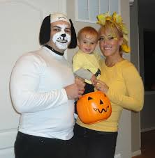 Charlie Brown Halloween Costumes Cute Family Costume Charlie Brown Gang Haunted Halloween
