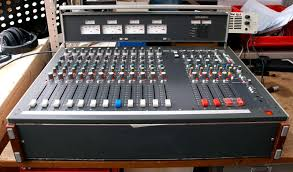 Best Small Mixing Desk 5 Other Small Classic Desks Funky Junk
