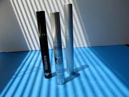 modeltypeface dominyka u0027s green report spring clean your makeup bag