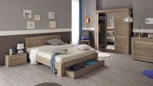 chambre à coucher chêtre chambre adulte en bois couleur chêne tons clairs style