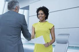 learn how to use nonverbal communication at an interview