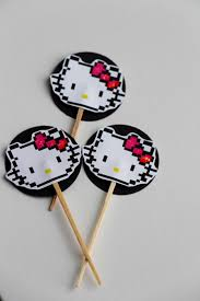the contemplative creative paper hello kitty cupcake toppers