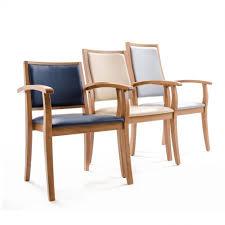 une chaise la solution pour se lever facilement d une chaise grâce aux chaises