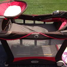 Pink And Brown Graco Pack N Play With Changing Table Find More Graco Modern Pack N Play Yard Playard Playpen W Bassinet
