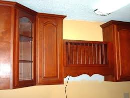 kitchen cabinets crown molding installing kitchen cabinets with