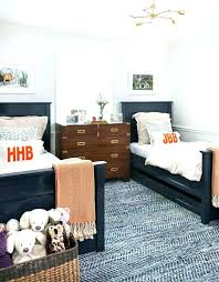 two bed bedroom ideas small bedroom ideas for two twin beds trafficsafety club