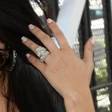 Kim Kardashian Wedding Ring by Pictures Of Kim Kardashian U0027s Lorraine Schwartz Wedding Band
