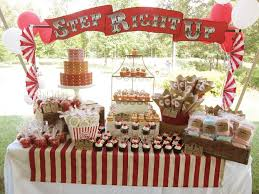 Carnival Themed Table Decorations Best 25 Vintage Carnival Ideas On Pinterest Vintage Circus