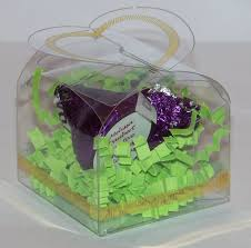 clear heart favor box with personalized hershey kisses and crinkle