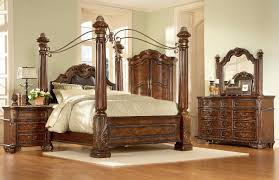 North Shore Canopy King Bed by Photos Hgtv Urban Contemporary Bedroom With Four Poster Bed Loversiq
