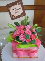 cool birthday cake flower arrangement online best birthday