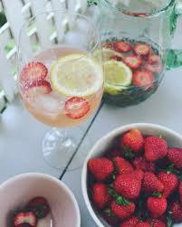 Strawberry Moon Sangria U2014 Camden Clay Co