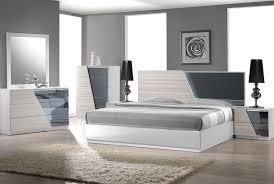 Zebra Bedroom Set Manchester Modern Bedroom Set Collection Bernals Furniture