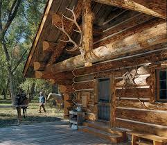 log home living u0027s 10 favorite small log cabins