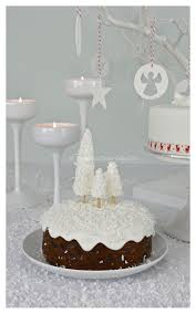Christmas Cake Decorations At The Range by 9 Best Christmas Cake Images On Pinterest