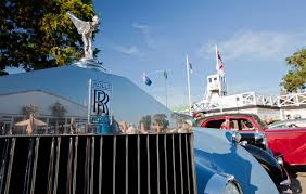 rolls royce headquarters rolls royce motor cars celebrated a record goodwood revival