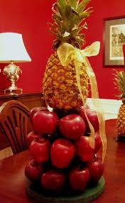 williamsburg apple tree centerpiece for your christmas table