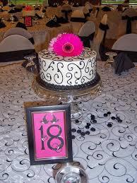 wedding table centerpiece cakes tasty layers flint burton michigan