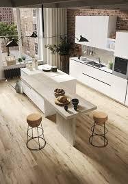 le cuisine design la cuisine souffle un vent de jeunesse dans le loft wood