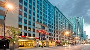 hilton garden inn chicago magnificent mile hotel
