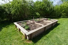 Small Garden Bed Design Ideas by Galvanized Steel Garden Beds 12 Diy Raised Garden Bed Ideas 25 Diy