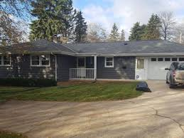 Cedarburg Overhead Door W61n319 Washington Ave Cedarburg Wi 53012 Zillow