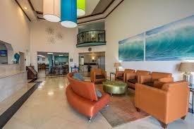 Comfort Suites Fort Lauderdale Comfort Inn And Suites Ft Lauderdale 2017 Room Prices Deals