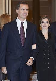 spanish royal family release annual christmas card featuring