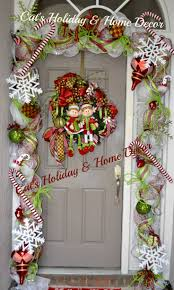 Outdoor Christmas Garland by 169 Best Front Door Porch Decorations Images On Pinterest Front