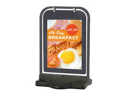 Stand Up Flag Banners Trade Banner Printing Trade Banners In Full Colour At 6 50 Per