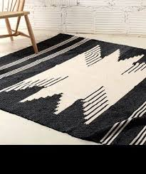 Black And White Rugs Best 25 Woven Rug Ideas Only On Pinterest Rug Yarn Homemade