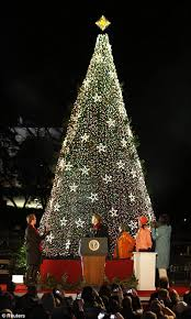 2012 obama family lights national tree in