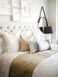 queen bed pillows how to decorate with throw pillows