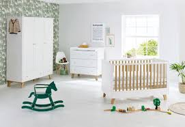 chambre bébé blanc chambre chêne massif laqué blanc pan lestendances fr