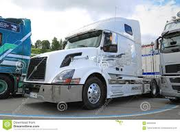 volvo tractor trailer white volvo vnl truck tractor editorial stock photo image 56632558