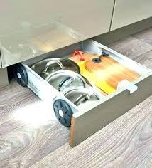 cuisine en amenagement tiroir cuisine en amenagement tiroir cuisine mobalpa