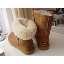 ugg black friday sales 611 best uggs images on pinterest fuzzy boots shoes and uggs