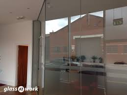 partition house glass partitioning at fashion house group glasgow single glazed