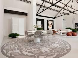 teppich für wohnzimmer 30 runde teppiche und beispiele wie den zimmer look vollendet