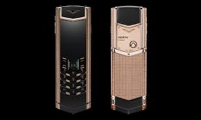vertu luxury phone luxury phone maker vertu bit the dust because the rich use iphones